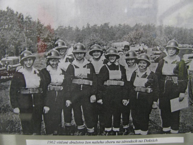 Vítězné družstvo ze závodu v Doksích