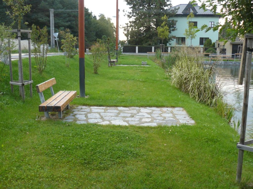 Foto valdeckého rybníka a okolí č.3.